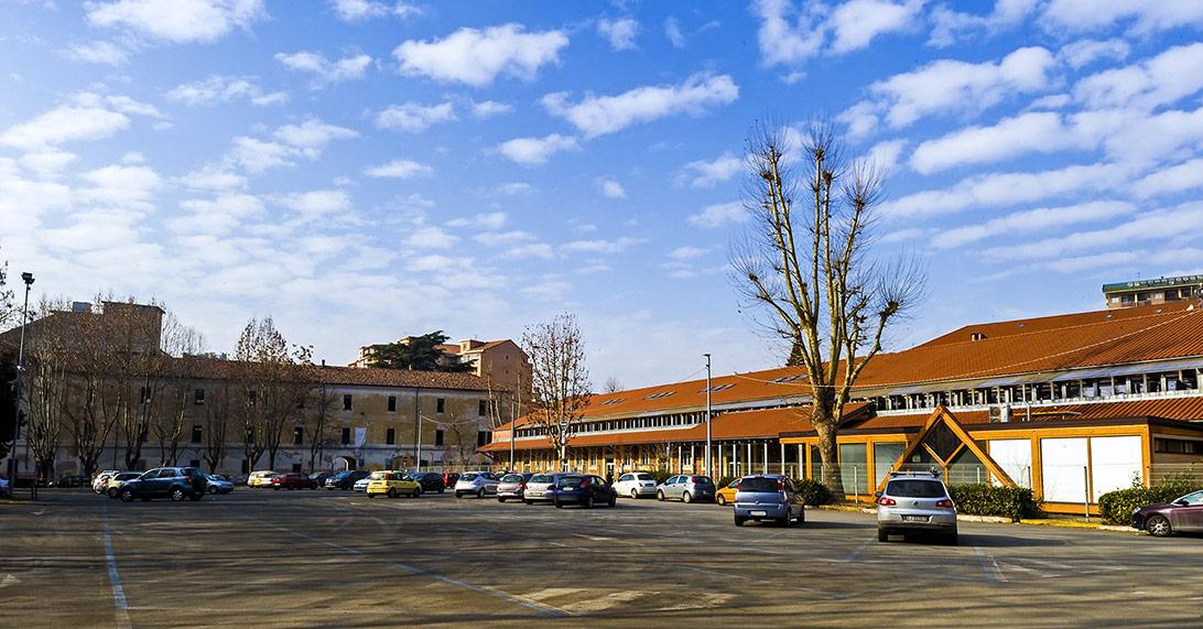 Parcheggio Piazza De Andrè (sosta a pagamento)