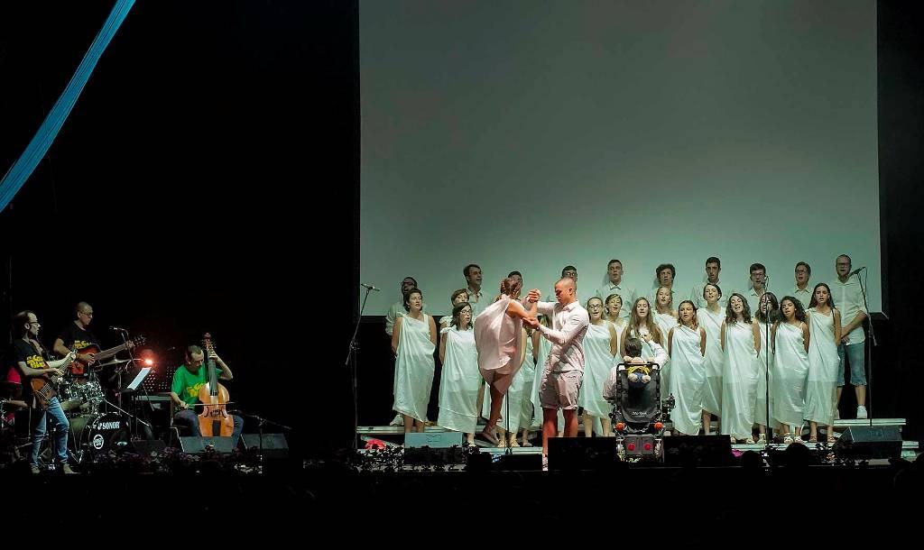 il coro della Torretta vincitore di Asti God's Talent