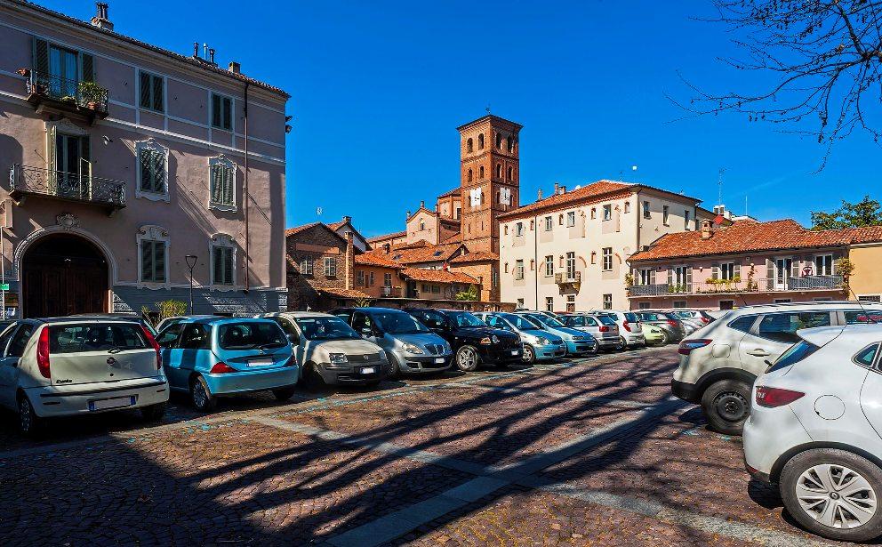 Parcheggio piazza Castigliano