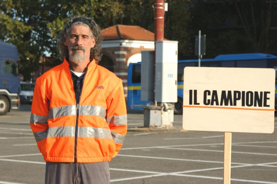 Rinaldo Bussolino durante le riprese di Rai3