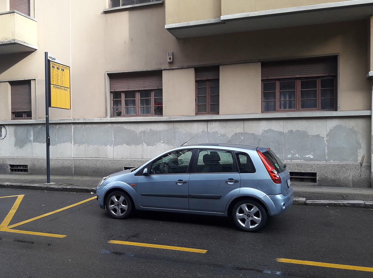 auto_divieto_stallo_bus