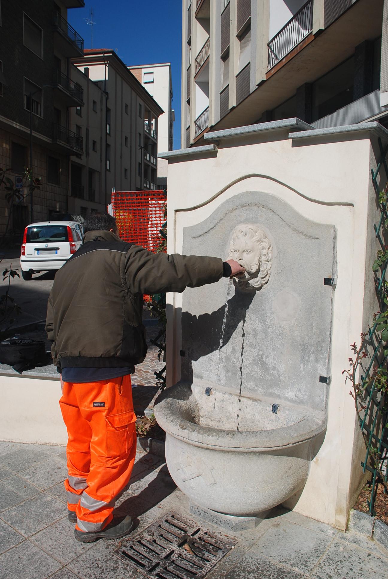 8 - punto acqua via fontana
