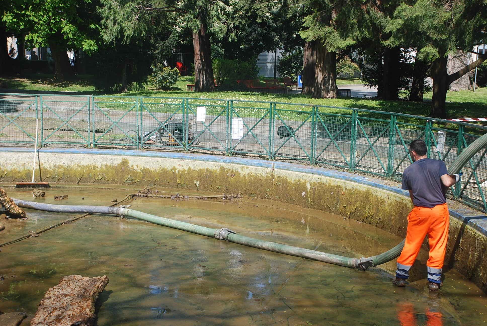 12 - fontana Parco Resistenza